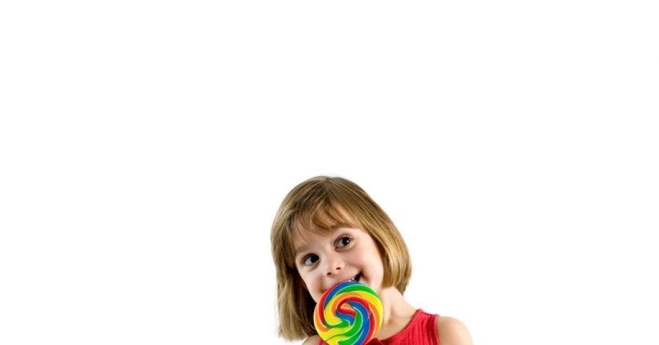 dziecko i słodycze