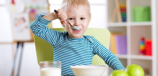 Dziecko je jogurt