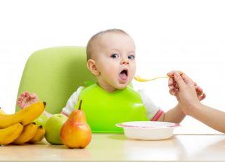 Dziecko je przecier owocowy