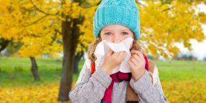 dziecko, jesień, choroba, katar, przeziębienie