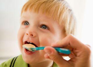 dziecko, karmienie, kuchnia, łyżeczka
