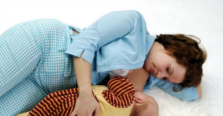 dziecko, karmienie piersią