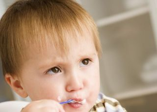 dziecko, kaszka, jedzenie, miseczka