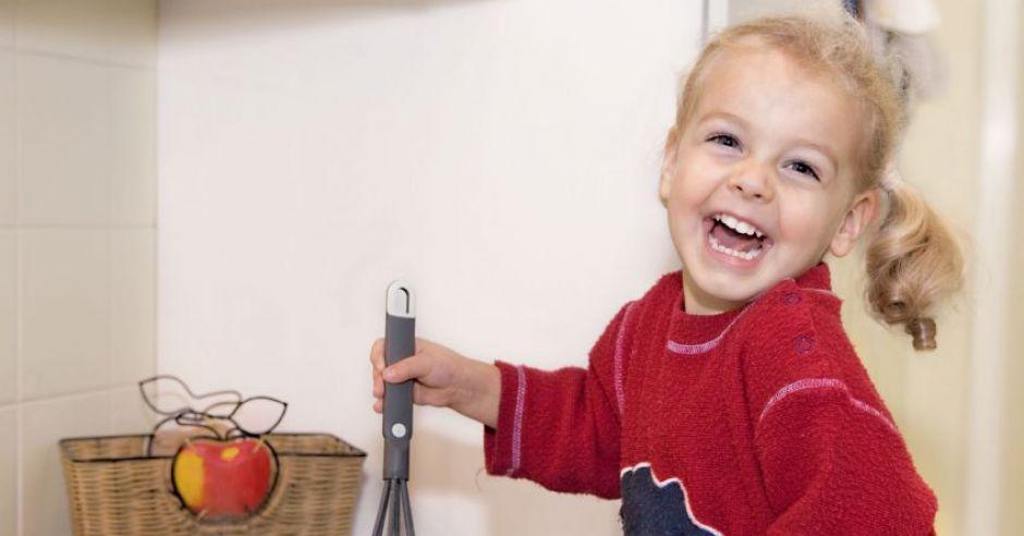 dziecko, kuchnia, gotowanie z dzieckiem
