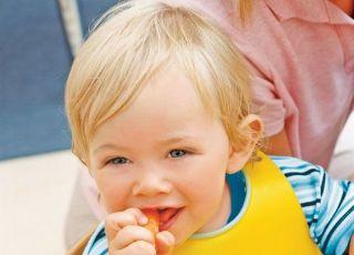 dziecko, kuchnia, jedzenie, maluch, warzywa