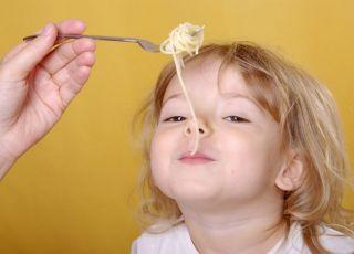 dziecko, kuchnia, makaron, kluski