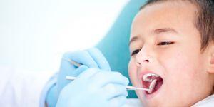 dziecko, lekarz, dentysta, ząbki