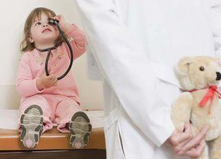 dziecko, lekarz, maskotka, badanie, zdrowie dziecka