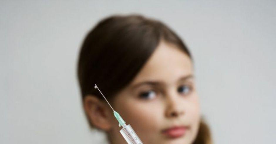 dziecko, lekarz, szczepienie, igła