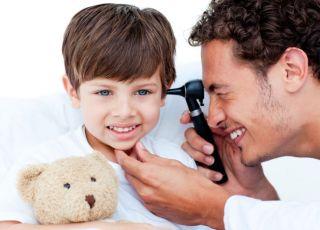 dziecko, lekarz, ucho, badanie