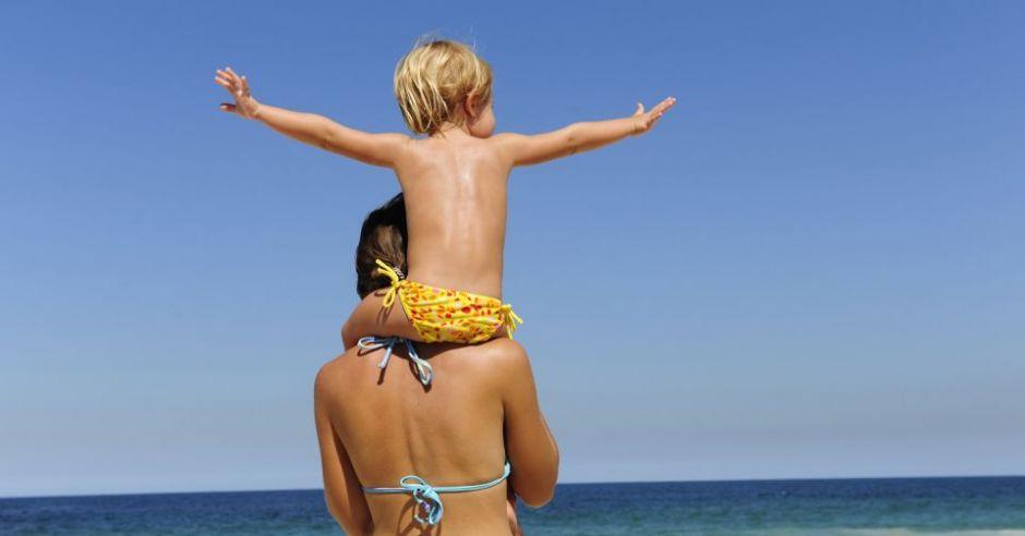 dziecko, mama, wakacje, lato, plaża