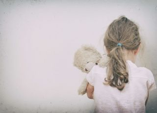dziecko, miś, depresja, płacz, dziewczynka, smutek