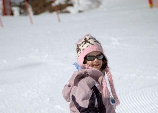 dziecko, narty, zima, śnieg