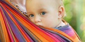 dziecko, niemowlę, chusta, chusta do noszenia dzieci, noszenie niemowlaka