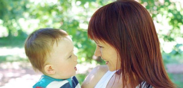 dziecko, niemowlę, mama, lato, spacer z dzieckiem
