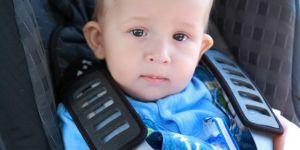 dziecko, niemowlę, auto, fotelik samochodowy