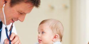 dziecko, niemowlę, bilans rocznego dziecka, dziecko u lekarza, pediatra