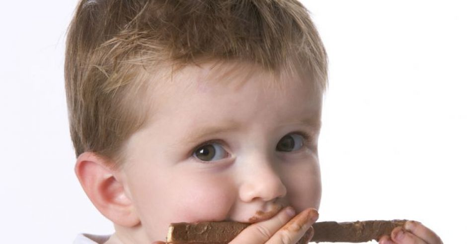 dziecko, niemowlę, czekolada, kuchnia