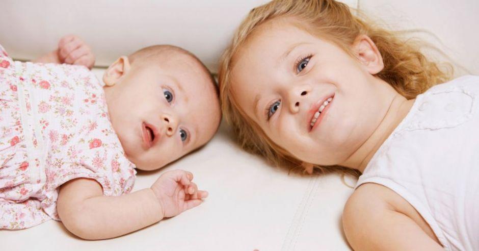 dziecko, niemowlę, siostra, leżeć