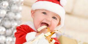 dziecko, niemowlę, święta, Boże Narodzenie, prezent, choinka, mikołaj