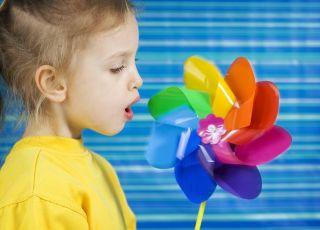 dziecko, oddech, wiatraczek