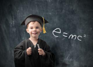dziecko, okulary, tablica, geniusz, mądre dziecko, szkoła