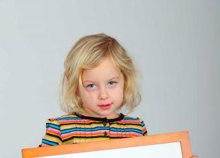 dziecko, przedszkolak, tablica, reklama