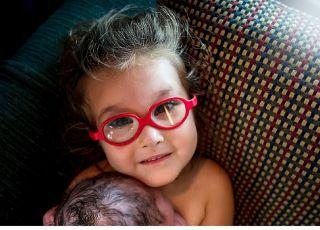 3-latka pomogła przy porodzie. Przygotowywała się do tego miesiącami