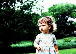 dziecko, przyroda, wiosna, zielono