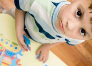 dziecko, puzzle, rozwój dziecka