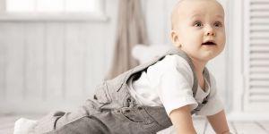 dziecko raczkowanie