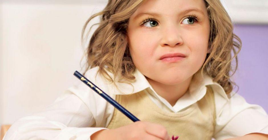 dziecko, rysować, kredka