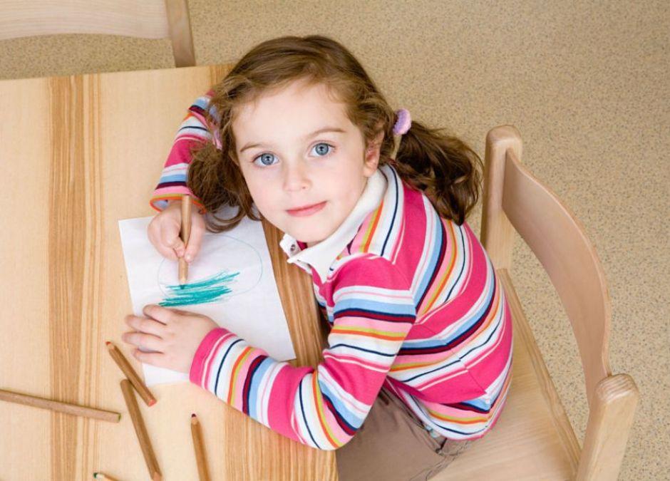 dziecko, rysować, przedszkolak, dziewczynka