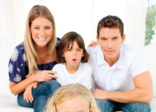 dziecko, skarbonka, oszczędzanie, rodzina