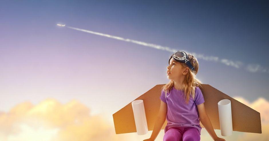 Dziecko, skrzydła, samolot, marzenia