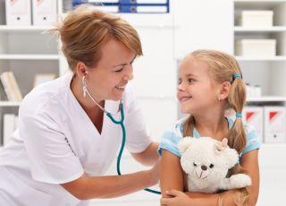 Jak oswoić dzieci ze strachem przed wizytą u lekarza?