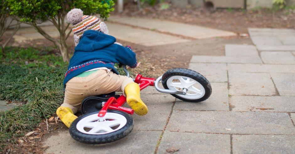 Dziecko upadło na rowerku