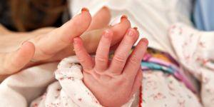 Dziecko urodzone naturalnie po cesarskim cięciu