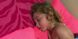 Dziecko w czasie upału