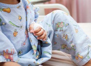 Dziecko w szpitalu po wypadku