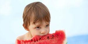 dziecko, wakacje, owoc, arbuz, morze, plaża, kuchnia