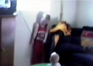 Dziecko wisi na sznurku od rolety- uduszenia dzieci