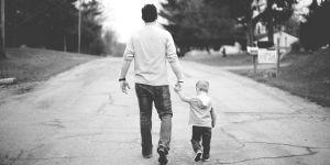 Dziecko z in vitro z ojcem