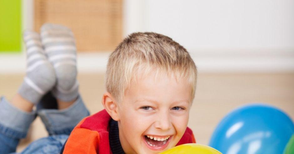 dziecko, zabawa, rodzinne uroczystości
