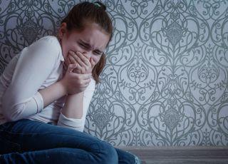 Dziewczynka, którą bije ojciec
