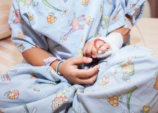 Dziewczynka trafiła do szpitala po wypiciu żelu antybakteryjnego do rąk