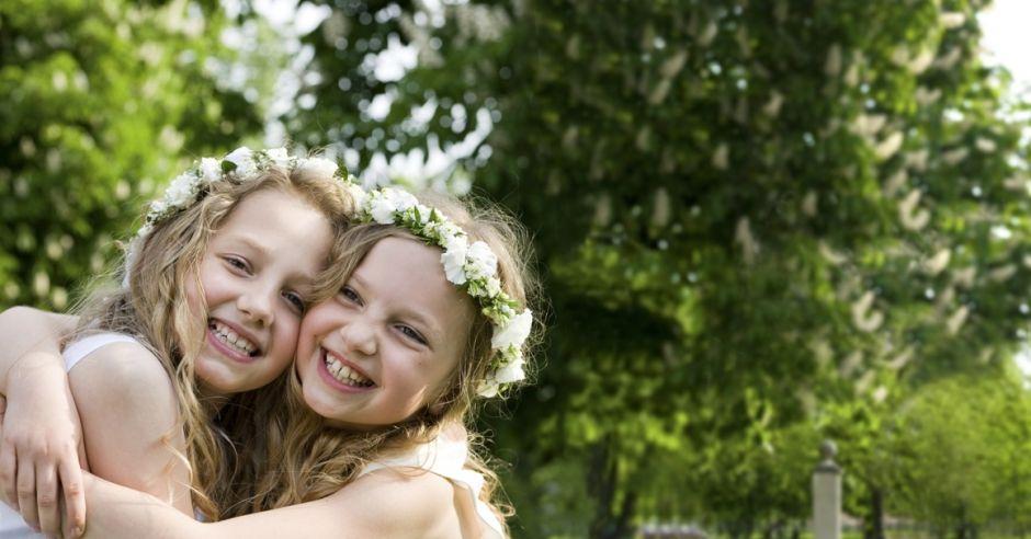 3167cd5b80 dziewczynki w komunijnych sukienkach