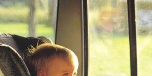 fotelik samochodowy, niemowlę, auto