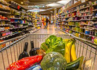Gdzie najtaniej zrobić przedświąteczne zakupy?