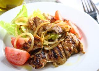Grillowany kurczak z cebulką